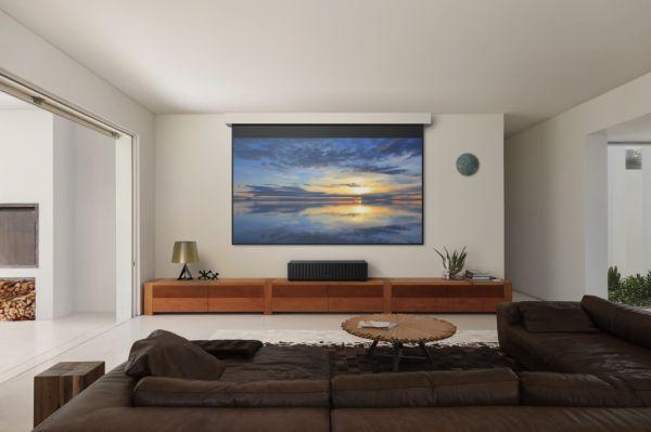 sony_vpl-vz1000es-projektor_lifestyle_1