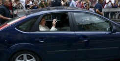 Pope Francis visit's to Astalli Center