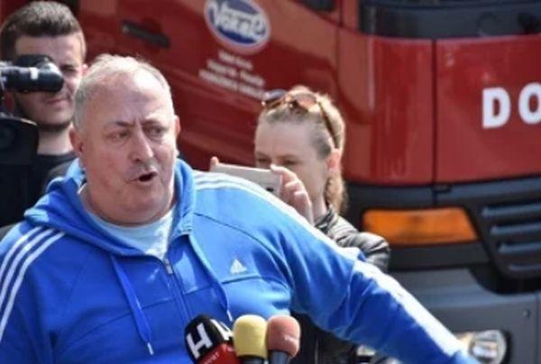 Rezultat slika za Bivši borac i član SDA vrijeđao novinare ispred Bosnaplasta